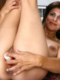 Mature Latina gives her juicy shaven snatch a proper workout with big vibrator