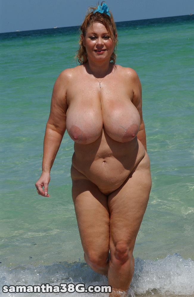 Mature big breast nude will