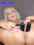 Menacing rubber shlongs are no fright for this loose blond MILF with big kahunas