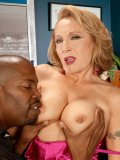 Seductive granny with beautiful body is enjoying the black phallus to the max! Check it out!