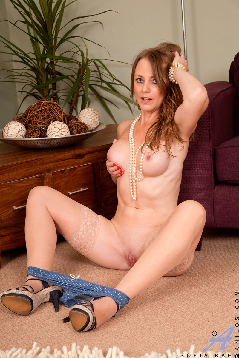 Real Nude milf sex that
