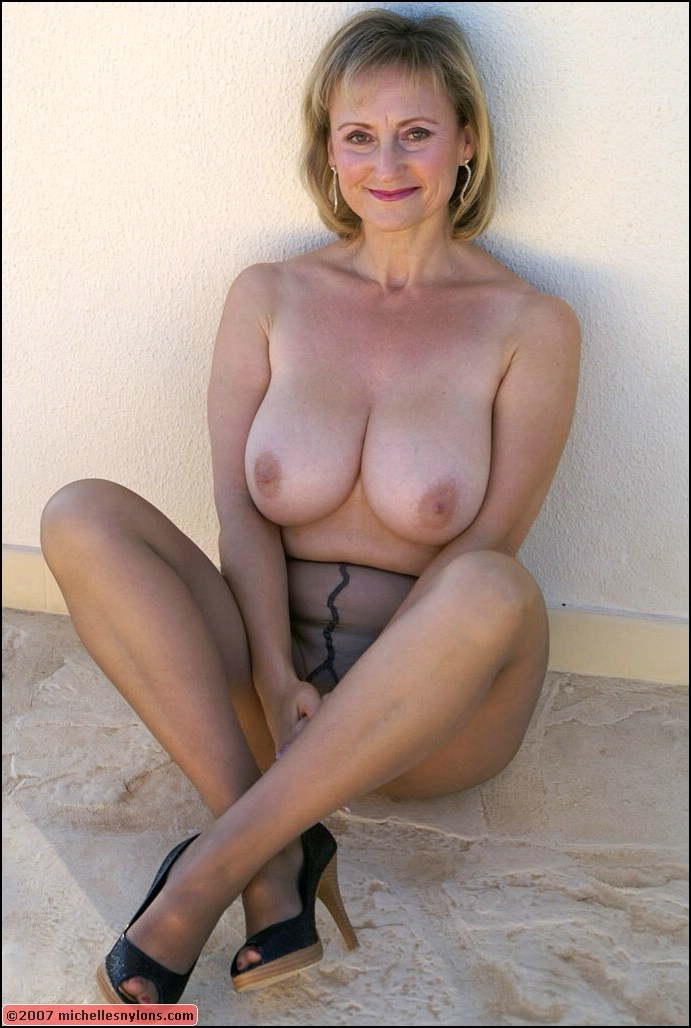blonde milf stockings
