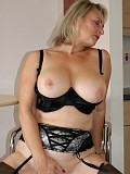 Ravishing hot mature woman loves to flaunt her chubby body in a sexy corset