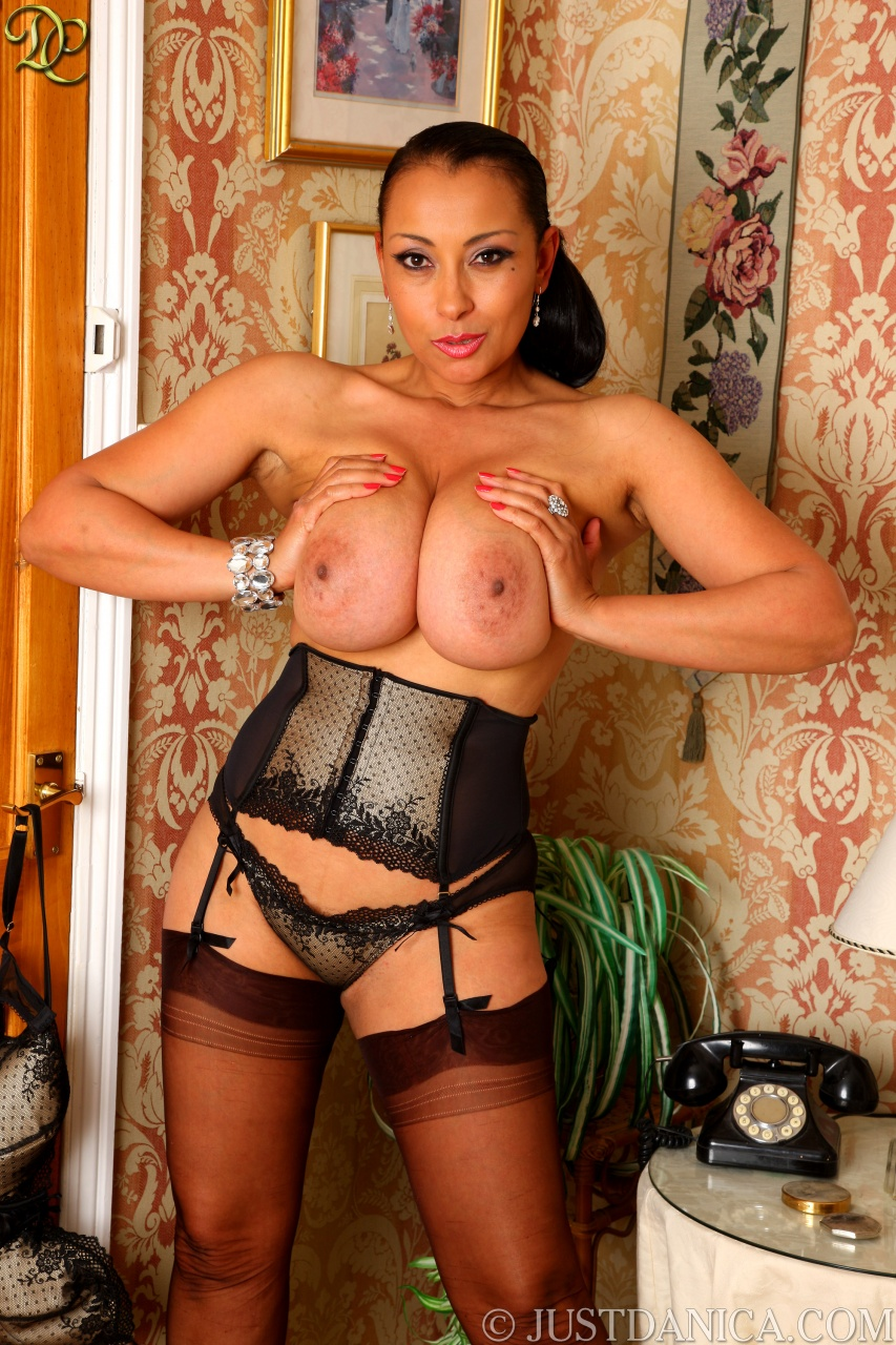 Guy sweet mature pantyhose eroticaonly